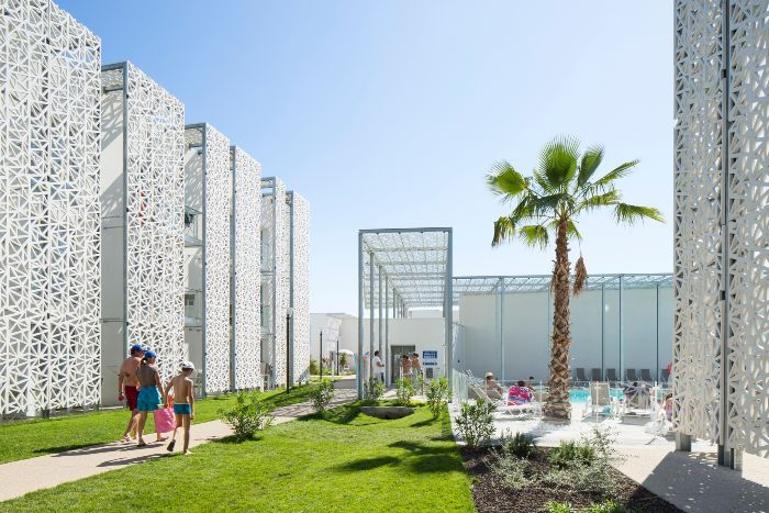 L 39 arca international for Residence hoteliere madrid